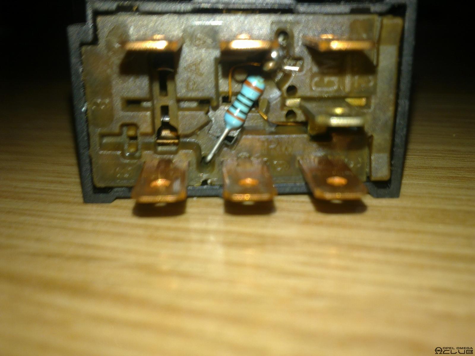 замена лампочек кнопок опель омега