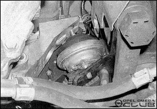 подушка под двигатель опель омега